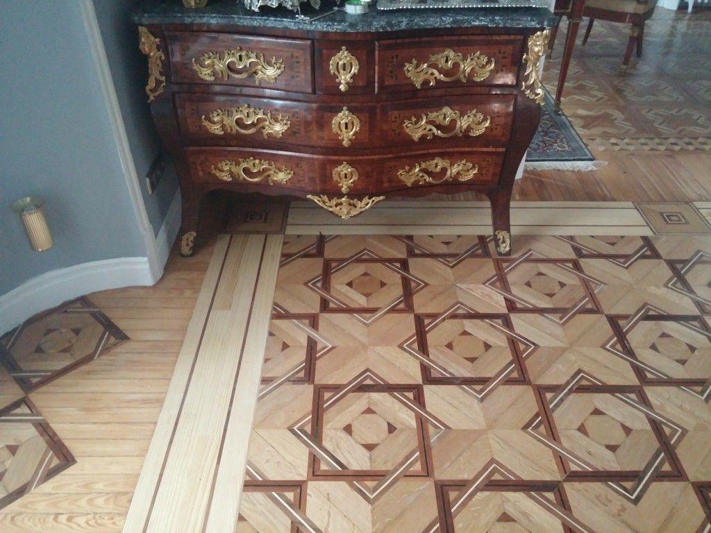Parquet clásico con muebles clásicos