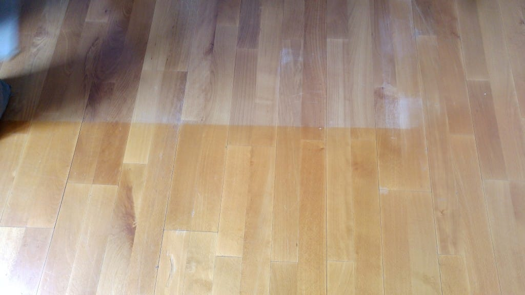 marca-de-sol-sobre-madera